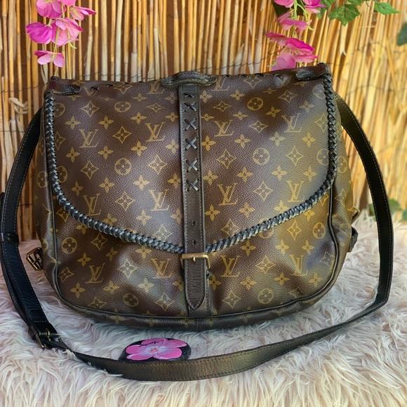 ✅✅Louis Vuitton Saumur 35 shoulder strap
